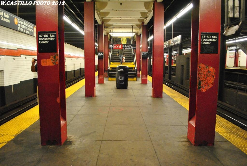 (306k, 1024x687)<br><b>Country:</b> United States<br><b>City:</b> New York<br><b>System:</b> New York City Transit<br><b>Line:</b> IND 6th Avenue Line<br><b>Location:</b> 47-50th Street/Rockefeller Center <br><b>Photo by:</b> Wilfredo Castillo<br><b>Date:</b> 4/21/2012<br><b>Viewed (this week/total):</b> 0 / 984