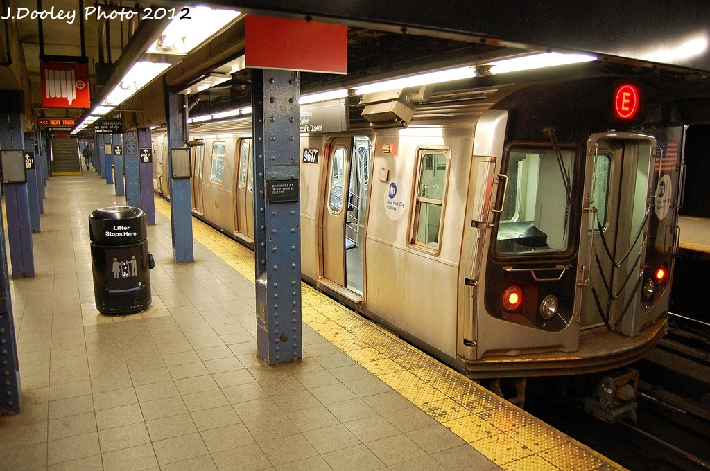 (374k, 1024x680)<br><b>Country:</b> United States<br><b>City:</b> New York<br><b>System:</b> New York City Transit<br><b>Line:</b> IND 8th Avenue Line<br><b>Location:</b> Chambers Street/World Trade Center <br><b>Route:</b> E<br><b>Car:</b> R-160A (Option 2) (Alstom, 2009, 5-car sets)  9617 <br><b>Photo by:</b> John Dooley<br><b>Date:</b> 1/5/2012<br><b>Viewed (this week/total):</b> 4 / 983