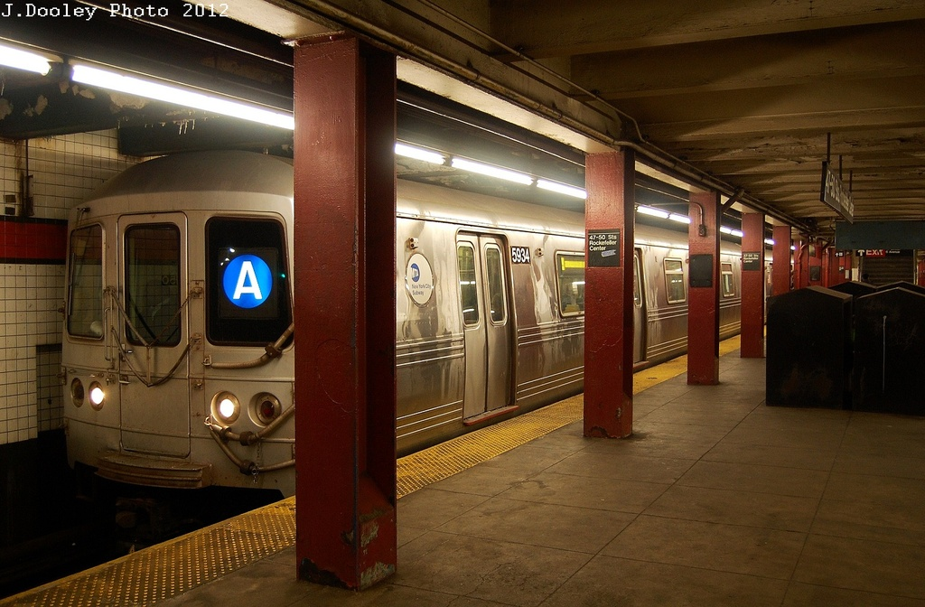 (318k, 1024x672)<br><b>Country:</b> United States<br><b>City:</b> New York<br><b>System:</b> New York City Transit<br><b>Line:</b> IND 6th Avenue Line<br><b>Location:</b> 47-50th Street/Rockefeller Center <br><b>Route:</b> A reroute<br><b>Car:</b> R-46 (Pullman-Standard, 1974-75) 5934 <br><b>Photo by:</b> John Dooley<br><b>Date:</b> 3/12/2012<br><b>Viewed (this week/total):</b> 0 / 857