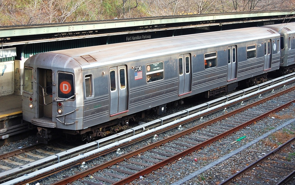 (453k, 1024x643)<br><b>Country:</b> United States<br><b>City:</b> New York<br><b>System:</b> New York City Transit<br><b>Line:</b> BMT Sea Beach Line<br><b>Location:</b> Fort Hamilton Parkway <br><b>Route:</b> D reroute<br><b>Car:</b> R-68 (Westinghouse-Amrail, 1986-1988)  2738 <br><b>Photo by:</b> John Dooley<br><b>Date:</b> 12/5/2011<br><b>Viewed (this week/total):</b> 5 / 875