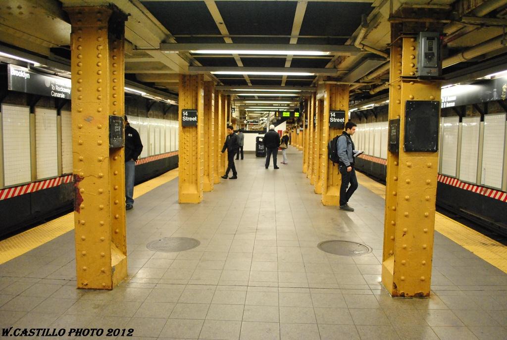 (307k, 1024x687)<br><b>Country:</b> United States<br><b>City:</b> New York<br><b>System:</b> New York City Transit<br><b>Line:</b> BMT Canarsie Line<br><b>Location:</b> Union Square <br><b>Photo by:</b> Wilfredo Castillo<br><b>Date:</b> 4/26/2012<br><b>Viewed (this week/total):</b> 3 / 971