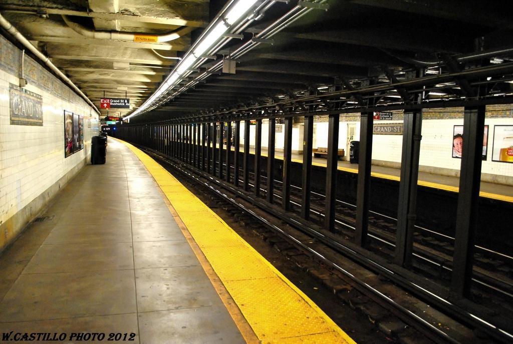 (283k, 1024x687)<br><b>Country:</b> United States<br><b>City:</b> New York<br><b>System:</b> New York City Transit<br><b>Line:</b> BMT Canarsie Line<br><b>Location:</b> Grand Street <br><b>Photo by:</b> Wilfredo Castillo<br><b>Date:</b> 4/2012<br><b>Viewed (this week/total):</b> 0 / 884