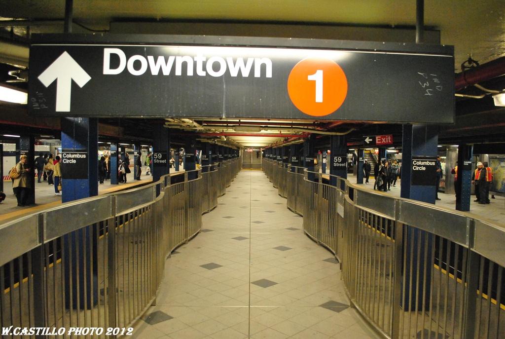 (298k, 1024x687)<br><b>Country:</b> United States<br><b>City:</b> New York<br><b>System:</b> New York City Transit<br><b>Line:</b> IND 8th Avenue Line<br><b>Location:</b> 59th Street/Columbus Circle <br><b>Photo by:</b> Wilfredo Castillo<br><b>Date:</b> 4/25/2012<br><b>Viewed (this week/total):</b> 2 / 1087