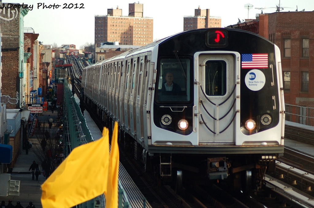 (316k, 1024x680)<br><b>Country:</b> United States<br><b>City:</b> New York<br><b>System:</b> New York City Transit<br><b>Line:</b> BMT Nassau Street/Jamaica Line<br><b>Location:</b> Gates Avenue <br><b>Route:</b> J<br><b>Car:</b> R-160A-1 (Alstom, 2005-2008, 4 car sets)  8343 <br><b>Photo by:</b> John Dooley<br><b>Date:</b> 1/28/2012<br><b>Viewed (this week/total):</b> 3 / 1127