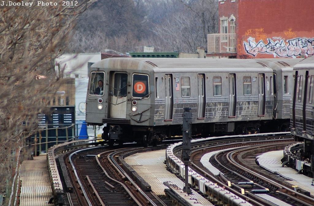 (393k, 1024x674)<br><b>Country:</b> United States<br><b>City:</b> New York<br><b>System:</b> New York City Transit<br><b>Line:</b> BMT West End Line<br><b>Location:</b> Fort Hamilton Parkway <br><b>Route:</b> D<br><b>Car:</b> R-68 (Westinghouse-Amrail, 1986-1988)  2634 <br><b>Photo by:</b> John Dooley<br><b>Date:</b> 3/2/2012<br><b>Viewed (this week/total):</b> 3 / 788