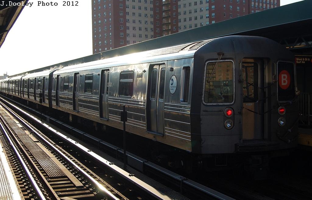 (308k, 1024x657)<br><b>Country:</b> United States<br><b>City:</b> New York<br><b>System:</b> New York City Transit<br><b>Line:</b> BMT Brighton Line<br><b>Location:</b> West 8th Street <br><b>Route:</b> B<br><b>Car:</b> R-68 (Westinghouse-Amrail, 1986-1988)  2898 <br><b>Photo by:</b> John Dooley<br><b>Date:</b> 3/19/2012<br><b>Viewed (this week/total):</b> 0 / 750
