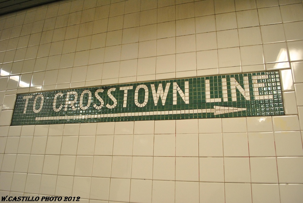 (253k, 1024x687)<br><b>Country:</b> United States<br><b>City:</b> New York<br><b>System:</b> New York City Transit<br><b>Line:</b> BMT Canarsie Line<br><b>Location:</b> Lorimer Street <br><b>Photo by:</b> Wilfredo Castillo<br><b>Date:</b> 4/27/2012<br><b>Viewed (this week/total):</b> 0 / 714
