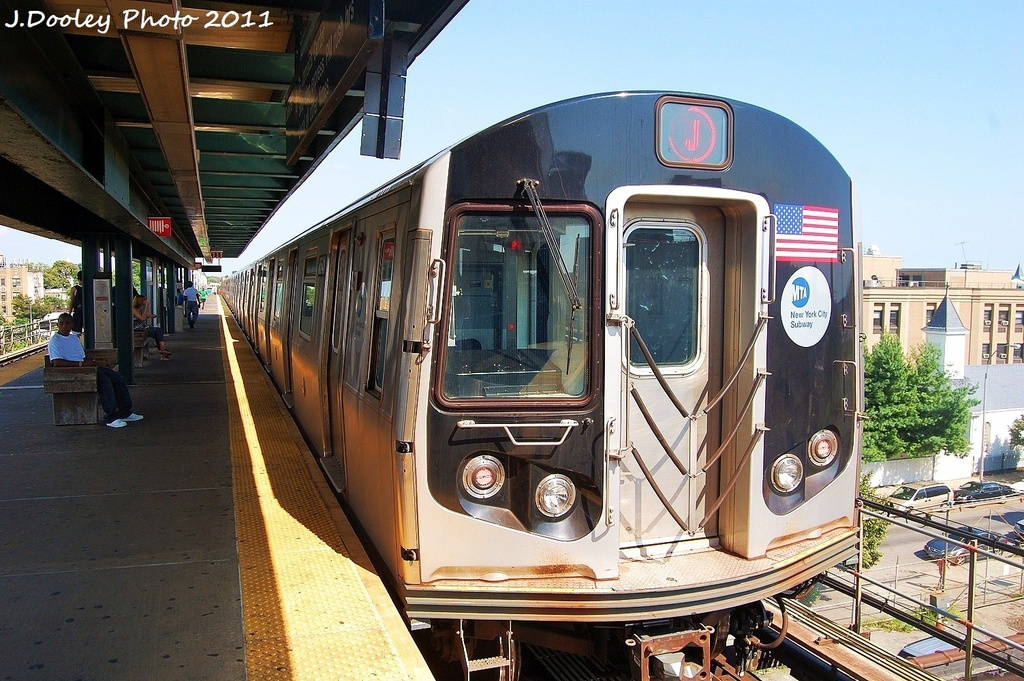 (379k, 1024x681)<br><b>Country:</b> United States<br><b>City:</b> New York<br><b>System:</b> New York City Transit<br><b>Line:</b> BMT Nassau Street/Jamaica Line<br><b>Location:</b> Alabama Avenue <br><b>Route:</b> J<br><b>Car:</b> R-160A-1 (Alstom, 2005-2008, 4 car sets)  8541 <br><b>Photo by:</b> John Dooley<br><b>Date:</b> 8/17/2011<br><b>Viewed (this week/total):</b> 0 / 749