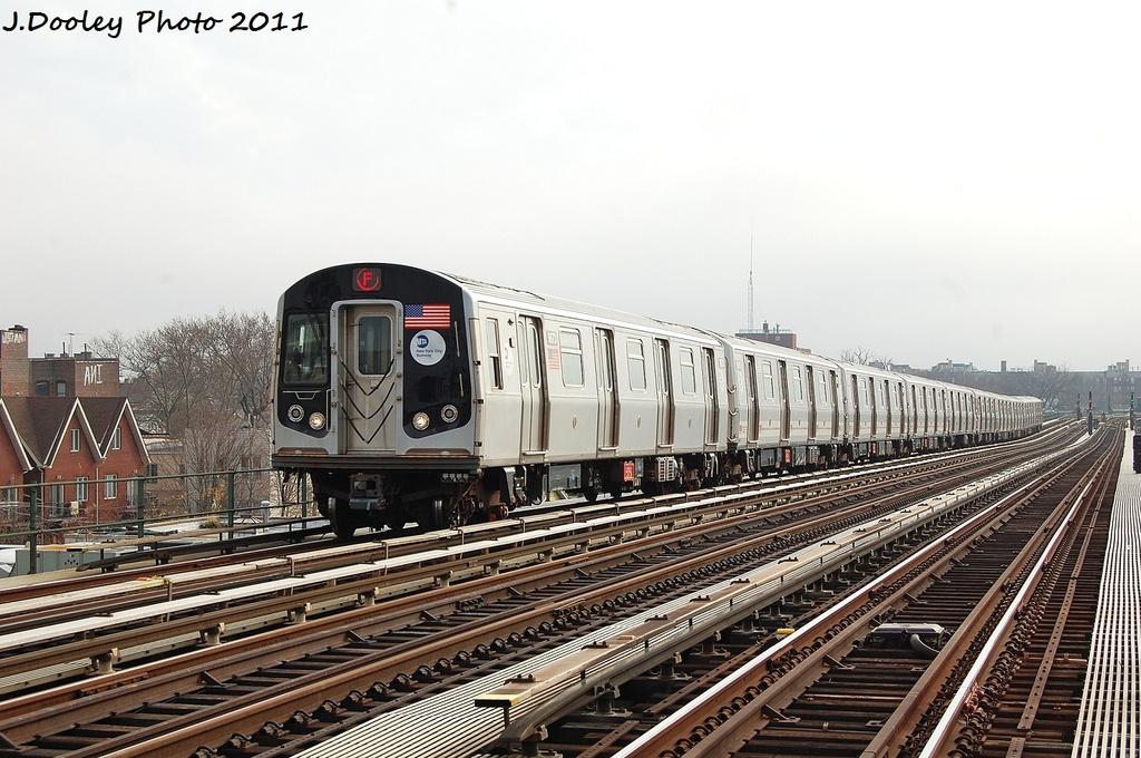 (335k, 1024x680)<br><b>Country:</b> United States<br><b>City:</b> New York<br><b>System:</b> New York City Transit<br><b>Line:</b> BMT Culver Line<br><b>Location:</b> Avenue P <br><b>Route:</b> F<br><b>Car:</b> R-160A (Option 2) (Alstom, 2009, 5-car sets)  9673 <br><b>Photo by:</b> John Dooley<br><b>Date:</b> 12/5/2011<br><b>Viewed (this week/total):</b> 0 / 807