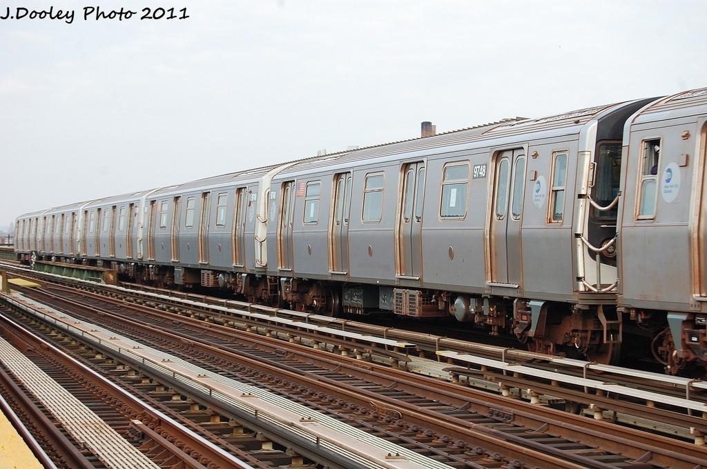 (327k, 1024x680)<br><b>Country:</b> United States<br><b>City:</b> New York<br><b>System:</b> New York City Transit<br><b>Line:</b> BMT Culver Line<br><b>Location:</b> Avenue P <br><b>Route:</b> F<br><b>Car:</b> R-160A (Option 2) (Alstom, 2009, 5-car sets)  9748 <br><b>Photo by:</b> John Dooley<br><b>Date:</b> 12/5/2011<br><b>Viewed (this week/total):</b> 0 / 605