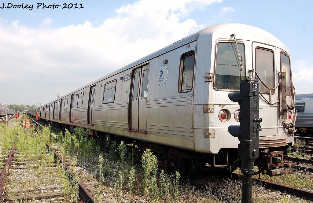 (362k, 1024x664)<br><b>Country:</b> United States<br><b>City:</b> New York<br><b>System:</b> New York City Transit<br><b>Location:</b> Coney Island Yard<br><b>Car:</b> R-46 (Pullman-Standard, 1974-75) 5810 <br><b>Photo by:</b> John Dooley<br><b>Date:</b> 8/26/2011<br><b>Viewed (this week/total):</b> 0 / 764
