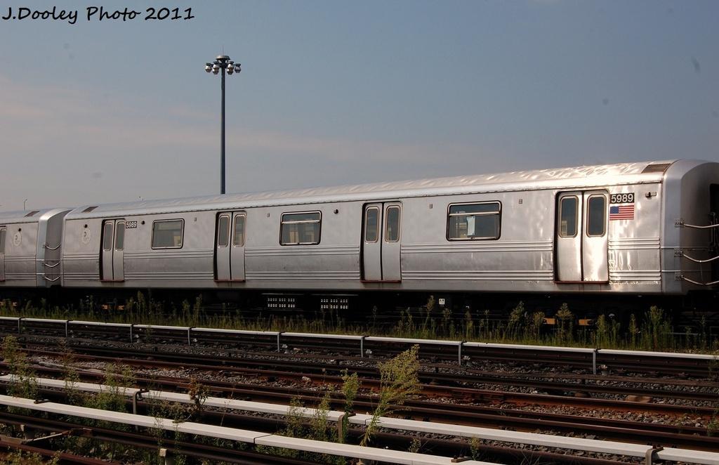 (273k, 1024x662)<br><b>Country:</b> United States<br><b>City:</b> New York<br><b>System:</b> New York City Transit<br><b>Location:</b> Coney Island Yard<br><b>Car:</b> R-46 (Pullman-Standard, 1974-75) 5989 <br><b>Photo by:</b> John Dooley<br><b>Date:</b> 8/26/2011<br><b>Viewed (this week/total):</b> 0 / 446