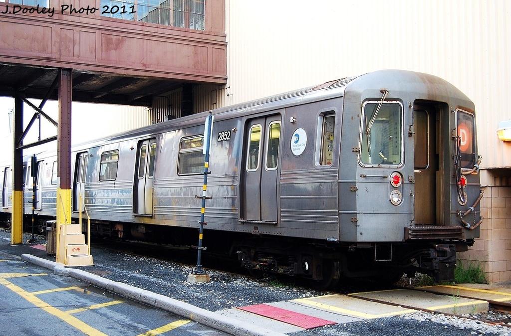 (372k, 1024x674)<br><b>Country:</b> United States<br><b>City:</b> New York<br><b>System:</b> New York City Transit<br><b>Location:</b> Coney Island Yard<br><b>Car:</b> R-68 (Westinghouse-Amrail, 1986-1988)  2852 <br><b>Photo by:</b> John Dooley<br><b>Date:</b> 8/26/2011<br><b>Viewed (this week/total):</b> 1 / 628