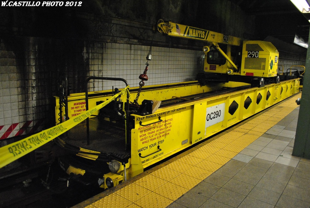 (309k, 1024x687)<br><b>Country:</b> United States<br><b>City:</b> New York<br><b>System:</b> New York City Transit<br><b>Line:</b> BMT 4th Avenue<br><b>Location:</b> Pacific Street <br><b>Route:</b> Work Service<br><b>Car:</b> R-162 Crane Car  290 <br><b>Photo by:</b> Wilfredo Castillo<br><b>Date:</b> 4/28/2012<br><b>Viewed (this week/total):</b> 1 / 898