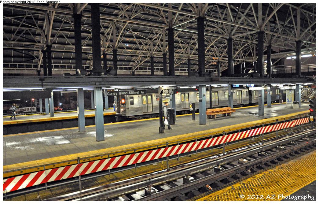 (527k, 1044x667)<br><b>Country:</b> United States<br><b>City:</b> New York<br><b>System:</b> New York City Transit<br><b>Location:</b> Coney Island/Stillwell Avenue<br><b>Route:</b> D<br><b>Car:</b> R-68 (Westinghouse-Amrail, 1986-1988)  2710 <br><b>Photo by:</b> Zach Summer<br><b>Date:</b> 1/26/2012<br><b>Viewed (this week/total):</b> 0 / 1239
