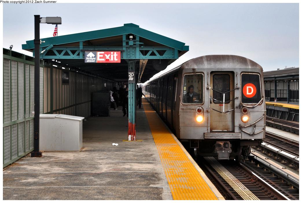 (361k, 1044x702)<br><b>Country:</b> United States<br><b>City:</b> New York<br><b>System:</b> New York City Transit<br><b>Line:</b> BMT West End Line<br><b>Location:</b> 20th Avenue <br><b>Route:</b> D<br><b>Car:</b> R-68 (Westinghouse-Amrail, 1986-1988)  2650 <br><b>Photo by:</b> Zach Summer<br><b>Date:</b> 2/4/2012<br><b>Viewed (this week/total):</b> 1 / 1309