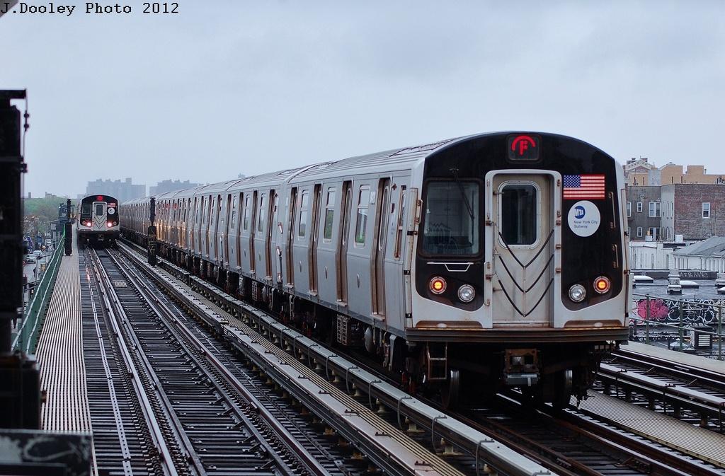(331k, 1024x673)<br><b>Country:</b> United States<br><b>City:</b> New York<br><b>System:</b> New York City Transit<br><b>Line:</b> BMT Culver Line<br><b>Location:</b> Avenue N <br><b>Route:</b> F<br><b>Car:</b> R-160A (Option 1) (Alstom, 2008-2009, 5 car sets)  9423 <br><b>Photo by:</b> John Dooley<br><b>Date:</b> 5/2/2012<br><b>Viewed (this week/total):</b> 2 / 970
