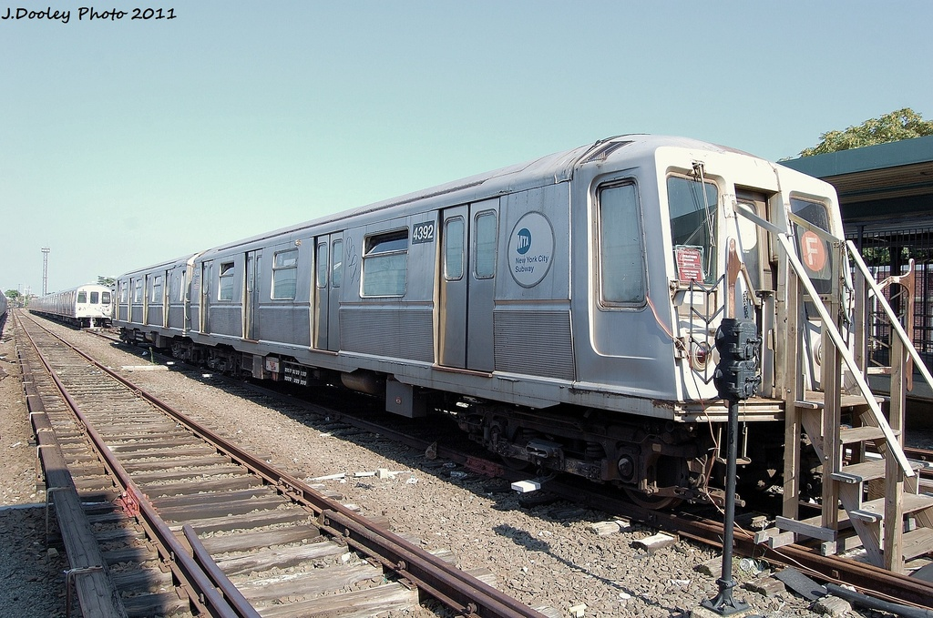(368k, 1024x679)<br><b>Country:</b> United States<br><b>City:</b> New York<br><b>System:</b> New York City Transit<br><b>Location:</b> Rockaway Park Yard<br><b>Car:</b> R-40 (St. Louis, 1968)  4392 <br><b>Photo by:</b> John Dooley<br><b>Date:</b> 8/20/2011<br><b>Viewed (this week/total):</b> 0 / 1573