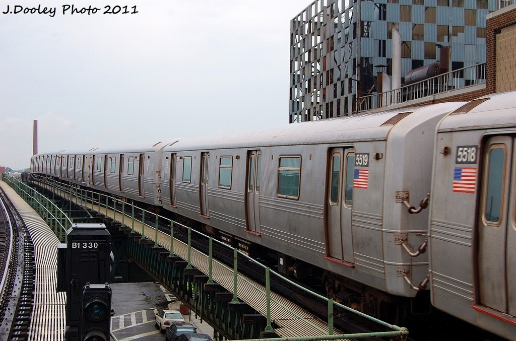 (329k, 1024x677)<br><b>Country:</b> United States<br><b>City:</b> New York<br><b>System:</b> New York City Transit<br><b>Line:</b> BMT Culver Line<br><b>Location:</b> Neptune Avenue <br><b>Route:</b> F<br><b>Car:</b> R-46 (Pullman-Standard, 1974-75) 5519 <br><b>Photo by:</b> John Dooley<br><b>Date:</b> 8/25/2011<br><b>Viewed (this week/total):</b> 0 / 665