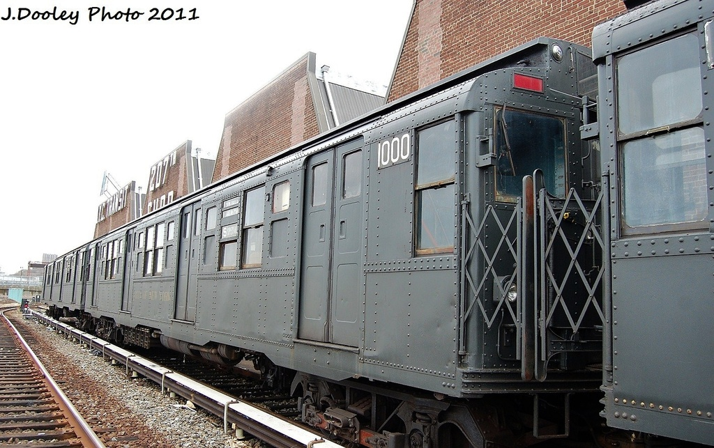 (350k, 1024x643)<br><b>Country:</b> United States<br><b>City:</b> New York<br><b>System:</b> New York City Transit<br><b>Location:</b> 207th Street Yard<br><b>Car:</b> R-6-3 (American Car & Foundry, 1935)  1000 <br><b>Photo by:</b> John Dooley<br><b>Date:</b> 11/29/2011<br><b>Viewed (this week/total):</b> 3 / 1480