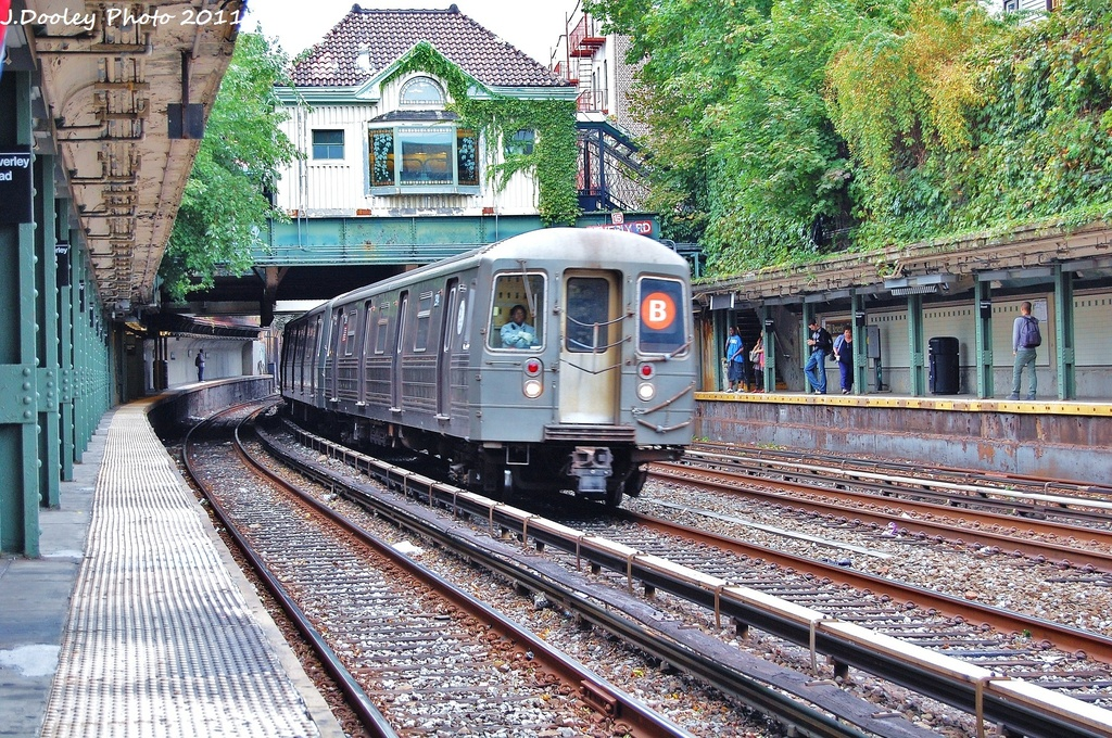 (516k, 1024x680)<br><b>Country:</b> United States<br><b>City:</b> New York<br><b>System:</b> New York City Transit<br><b>Line:</b> BMT Brighton Line<br><b>Location:</b> Beverley Road <br><b>Route:</b> B<br><b>Car:</b> R-68 (Westinghouse-Amrail, 1986-1988)  2876 <br><b>Photo by:</b> John Dooley<br><b>Date:</b> 10/11/2011<br><b>Viewed (this week/total):</b> 1 / 1077