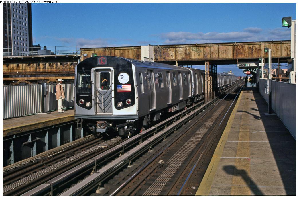 (398k, 1044x694)<br><b>Country:</b> United States<br><b>City:</b> New York<br><b>System:</b> New York City Transit<br><b>Line:</b> BMT Canarsie Line<br><b>Location:</b> Livonia Avenue <br><b>Route:</b> L<br><b>Car:</b> R-143 (Kawasaki, 2001-2002) 8108 <br><b>Photo by:</b> Chao-Hwa Chen<br><b>Date:</b> 12/21/2001<br><b>Viewed (this week/total):</b> 9 / 1007
