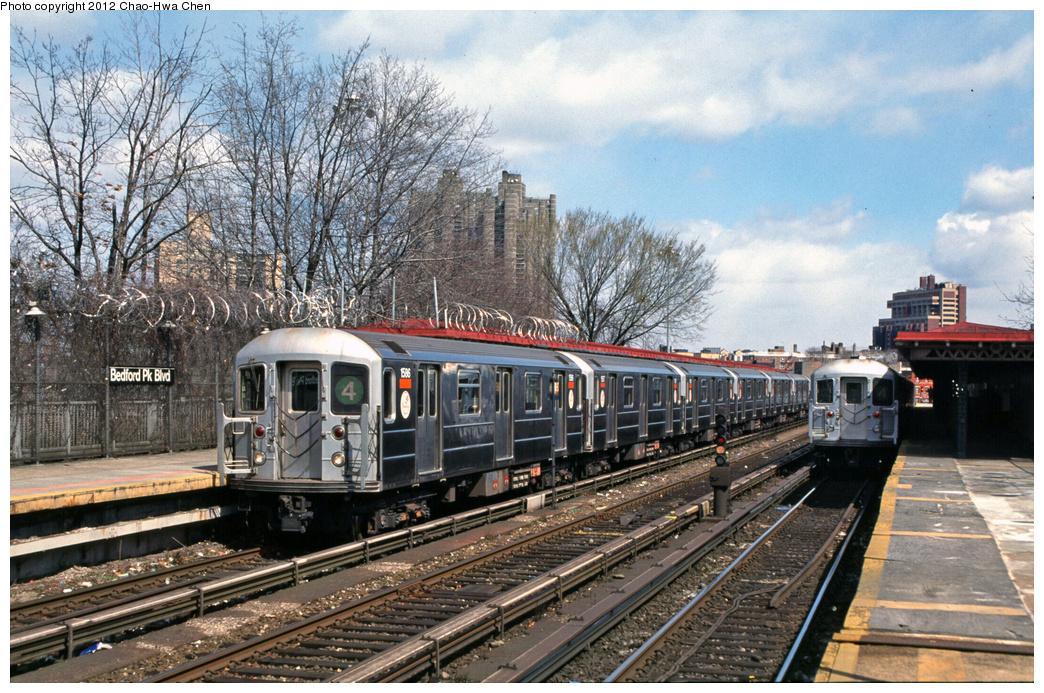 (474k, 1044x693)<br><b>Country:</b> United States<br><b>City:</b> New York<br><b>System:</b> New York City Transit<br><b>Line:</b> IRT Woodlawn Line<br><b>Location:</b> Bedford Park Boulevard <br><b>Route:</b> 4<br><b>Car:</b> R-62 (Kawasaki, 1983-1985)  1586 <br><b>Photo by:</b> Chao-Hwa Chen<br><b>Date:</b> 3/22/2002<br><b>Viewed (this week/total):</b> 0 / 1172