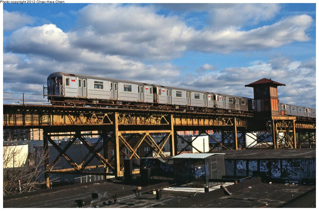 (400k, 1044x693)<br><b>Country:</b> United States<br><b>City:</b> New York<br><b>System:</b> New York City Transit<br><b>Line:</b> IRT Brooklyn Line<br><b>Location:</b> Junius Street <br><b>Route:</b> 1<br><b>Car:</b> R-62A (Bombardier, 1984-1987)  2270 <br><b>Photo by:</b> Chao-Hwa Chen<br><b>Date:</b> 12/21/2001<br><b>Viewed (this week/total):</b> 2 / 1176