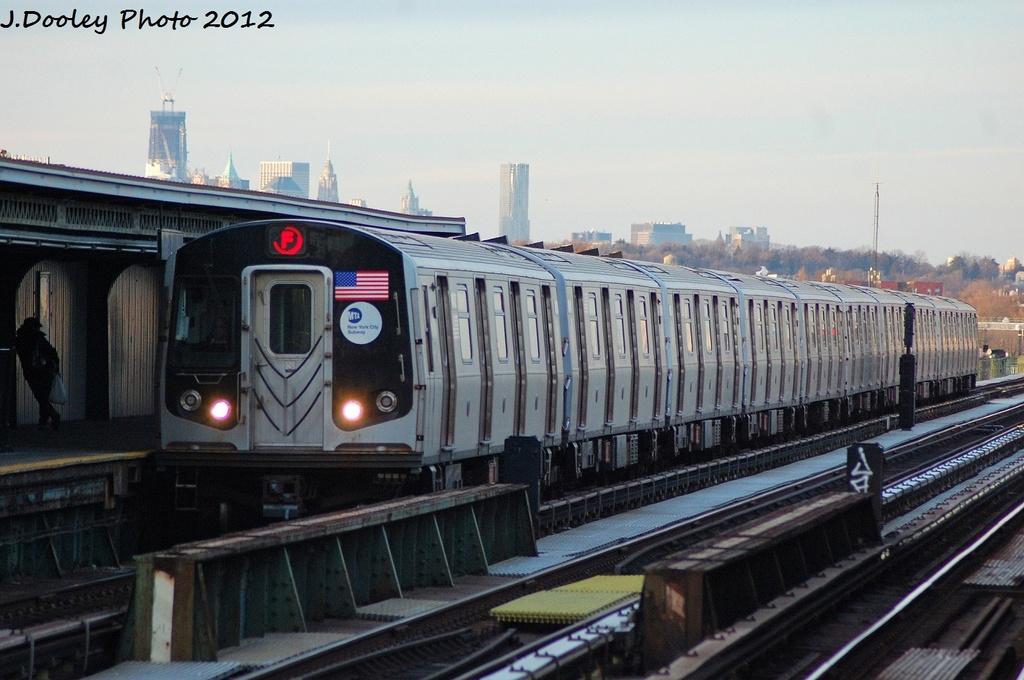 (297k, 1024x680)<br><b>Country:</b> United States<br><b>City:</b> New York<br><b>System:</b> New York City Transit<br><b>Line:</b> BMT Culver Line<br><b>Location:</b> Avenue X <br><b>Route:</b> F<br><b>Car:</b> R-160A/R-160B Series (Number Unknown)  <br><b>Photo by:</b> John Dooley<br><b>Date:</b> 1/20/2012<br><b>Viewed (this week/total):</b> 0 / 836