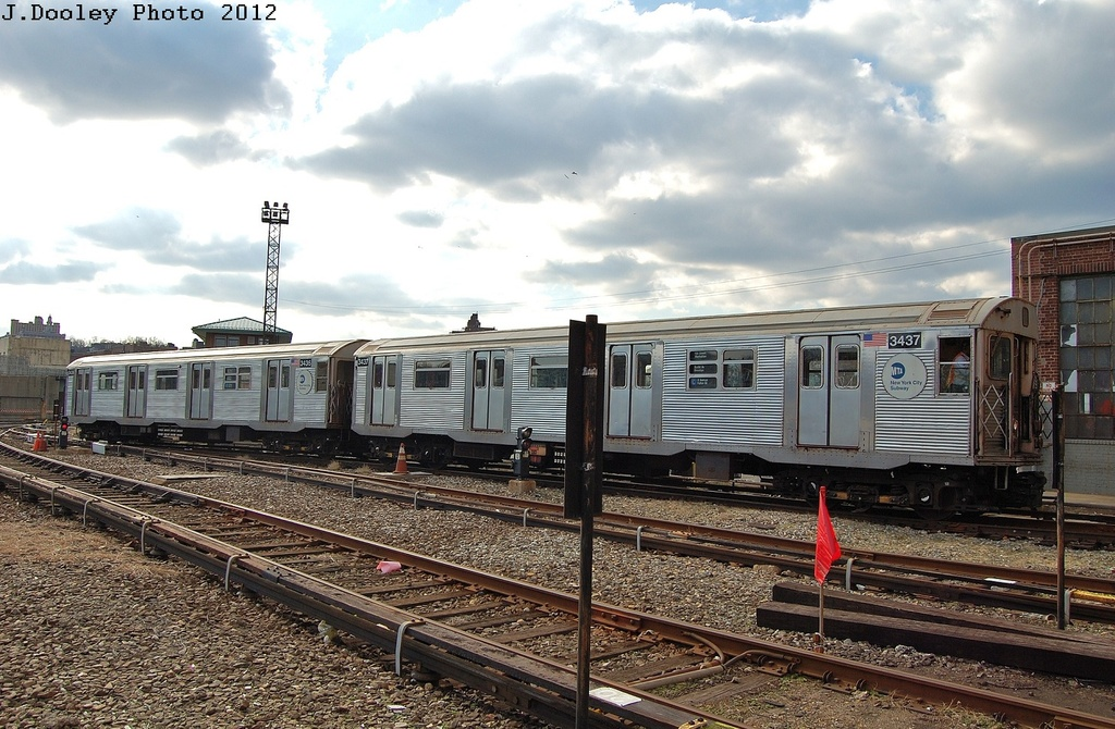 (348k, 1024x670)<br><b>Country:</b> United States<br><b>City:</b> New York<br><b>System:</b> New York City Transit<br><b>Location:</b> 207th Street Yard<br><b>Car:</b> R-32 (Budd, 1964)  3437-3436 <br><b>Photo by:</b> John Dooley<br><b>Date:</b> 2/1/2012<br><b>Viewed (this week/total):</b> 0 / 647