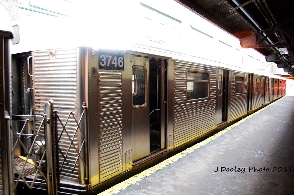 (330k, 1024x680)<br><b>Country:</b> United States<br><b>City:</b> New York<br><b>System:</b> New York City Transit<br><b>Location:</b> 207th Street Yard<br><b>Car:</b> R-32 (Budd, 1964)  3746 <br><b>Photo by:</b> John Dooley<br><b>Date:</b> 11/29/2011<br><b>Viewed (this week/total):</b> 1 / 460