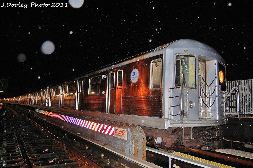 (378k, 1024x680)<br><b>Country:</b> United States<br><b>City:</b> New York<br><b>System:</b> New York City Transit<br><b>Line:</b> BMT Nassau Street/Jamaica Line<br><b>Location:</b> 111th Street <br><b>Route:</b> J<br><b>Car:</b> R-42 (St. Louis, 1969-1970)  4806 <br><b>Photo by:</b> John Dooley<br><b>Date:</b> 9/6/2011<br><b>Viewed (this week/total):</b> 3 / 1349