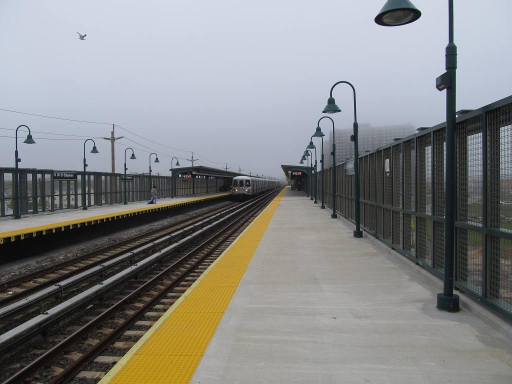 (86k, 1024x768)<br><b>Country:</b> United States<br><b>City:</b> New York<br><b>System:</b> New York City Transit<br><b>Line:</b> IND Rockaway<br><b>Location:</b> Beach 36th Street/Edgemere <br><b>Photo by:</b> Robbie Rosenfeld<br><b>Date:</b> 5/3/2012<br><b>Viewed (this week/total):</b> 2 / 1073