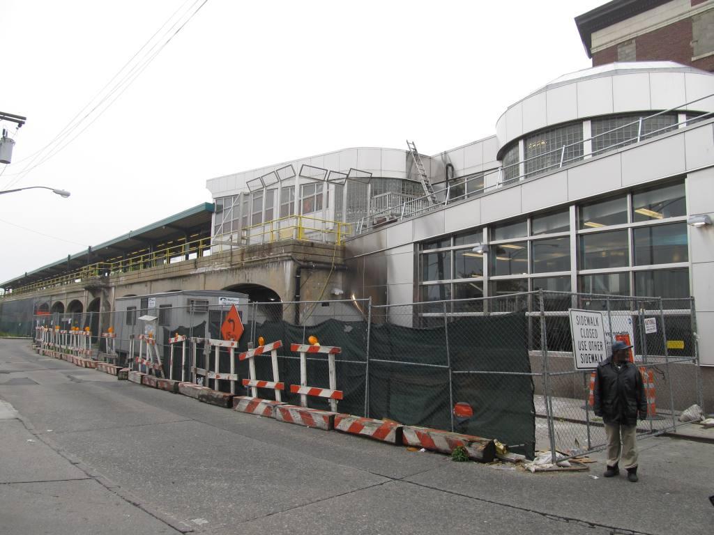 (113k, 1024x768)<br><b>Country:</b> United States<br><b>City:</b> New York<br><b>System:</b> New York City Transit<br><b>Line:</b> IND Rockaway<br><b>Location:</b> Mott Avenue/Far Rockaway <br><b>Photo by:</b> Robbie Rosenfeld<br><b>Date:</b> 5/3/2012<br><b>Notes:</b> New headhouse.<br><b>Viewed (this week/total):</b> 2 / 996