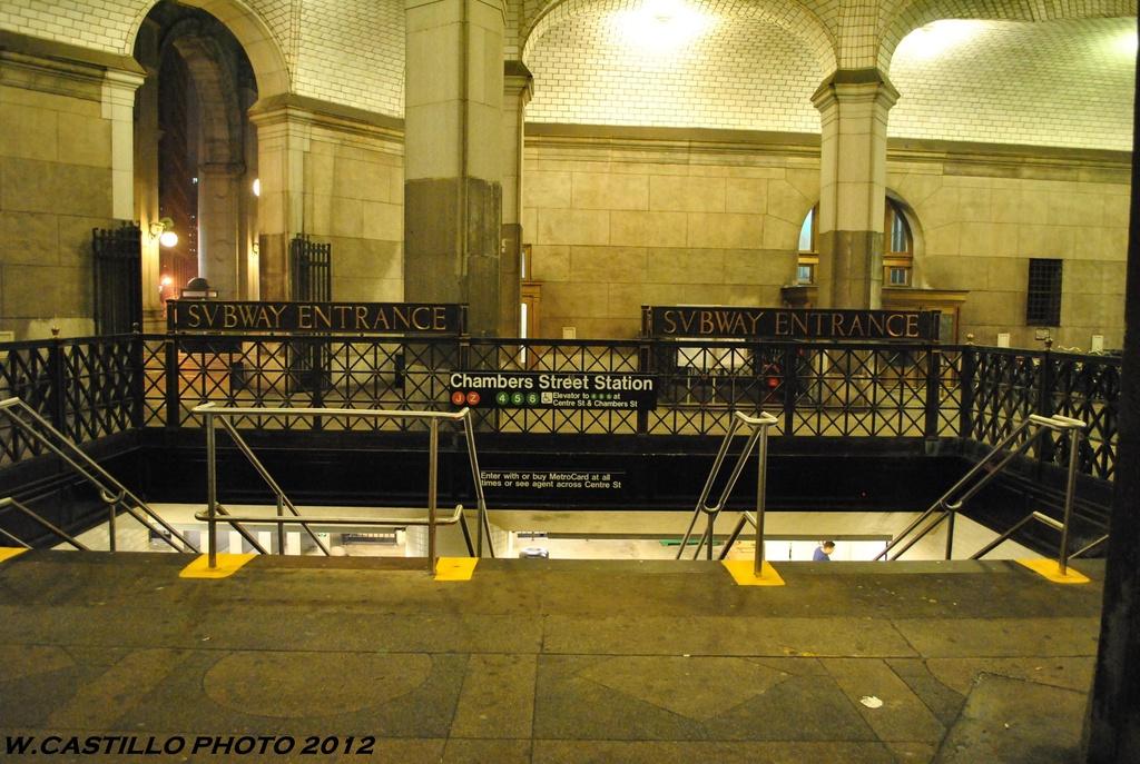 (341k, 1024x687)<br><b>Country:</b> United States<br><b>City:</b> New York<br><b>System:</b> New York City Transit<br><b>Line:</b> BMT Nassau Street/Jamaica Line<br><b>Location:</b> Chambers Street <br><b>Photo by:</b> Wilfredo Castillo<br><b>Date:</b> 5/15/2012<br><b>Viewed (this week/total):</b> 3 / 1763