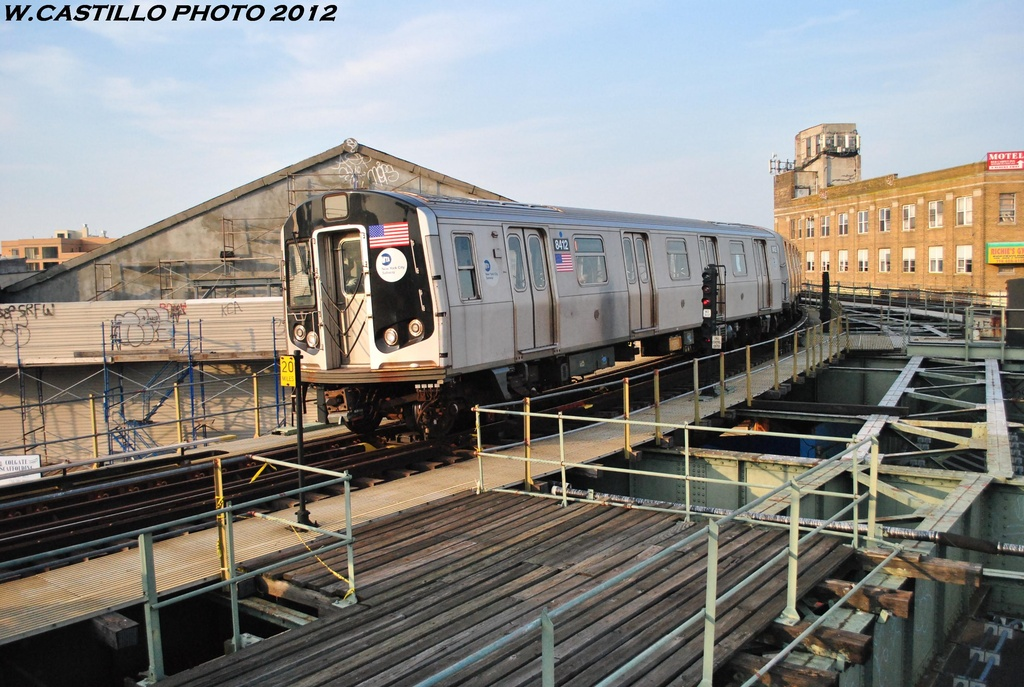 (336k, 1024x687)<br><b>Country:</b> United States<br><b>City:</b> New York<br><b>System:</b> New York City Transit<br><b>Line:</b> BMT Myrtle Avenue Line<br><b>Location:</b> Wyckoff Avenue <br><b>Route:</b> M<br><b>Car:</b> R-160A-1 (Alstom, 2005-2008, 4 car sets)  8412 <br><b>Photo by:</b> Wilfredo Castillo<br><b>Date:</b> 5/16/2012<br><b>Viewed (this week/total):</b> 3 / 1418