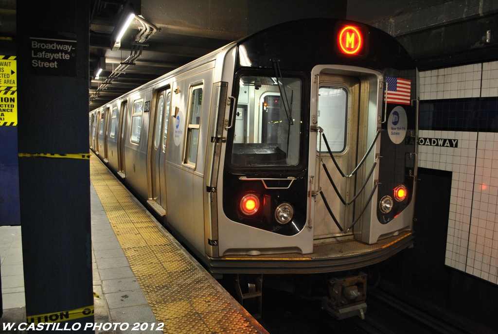 (288k, 1024x687)<br><b>Country:</b> United States<br><b>City:</b> New York<br><b>System:</b> New York City Transit<br><b>Line:</b> IND 6th Avenue Line<br><b>Location:</b> Broadway/Lafayette <br><b>Route:</b> M<br><b>Car:</b> R-160A-1 (Alstom, 2005-2008, 4 car sets)  8648 <br><b>Photo by:</b> Wilfredo Castillo<br><b>Date:</b> 5/15/2012<br><b>Viewed (this week/total):</b> 1 / 1248