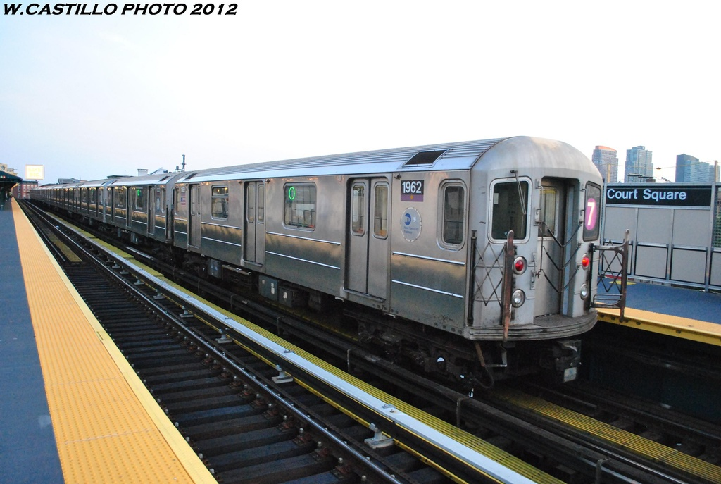 (257k, 1024x687)<br><b>Country:</b> United States<br><b>City:</b> New York<br><b>System:</b> New York City Transit<br><b>Line:</b> IRT Flushing Line<br><b>Location:</b> Court House Square/45th Road <br><b>Route:</b> 7<br><b>Car:</b> R-62A (Bombardier, 1984-1987)  1962 <br><b>Photo by:</b> Wilfredo Castillo<br><b>Date:</b> 5/16/2012<br><b>Viewed (this week/total):</b> 0 / 1102