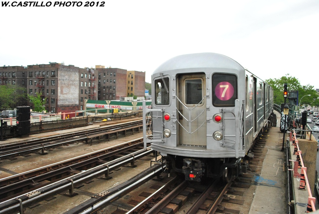 (275k, 1024x687)<br><b>Country:</b> United States<br><b>City:</b> New York<br><b>System:</b> New York City Transit<br><b>Line:</b> IRT Flushing Line<br><b>Location:</b> 46th Street/Bliss Street <br><b>Route:</b> 7<br><b>Car:</b> R-62A (Bombardier, 1984-1987)  2012 <br><b>Photo by:</b> Wilfredo Castillo<br><b>Date:</b> 5/14/2012<br><b>Viewed (this week/total):</b> 3 / 1289