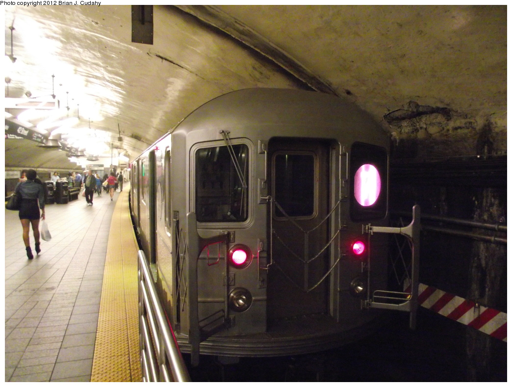 (324k, 1044x788)<br><b>Country:</b> United States<br><b>City:</b> New York<br><b>System:</b> New York City Transit<br><b>Line:</b> IRT Flushing Line<br><b>Location:</b> Grand Central <br><b>Route:</b> 7<br><b>Car:</b> R-62A (Bombardier, 1984-1987)   <br><b>Photo by:</b> Brian J. Cudahy<br><b>Date:</b> 5/18/2011<br><b>Viewed (this week/total):</b> 0 / 1005