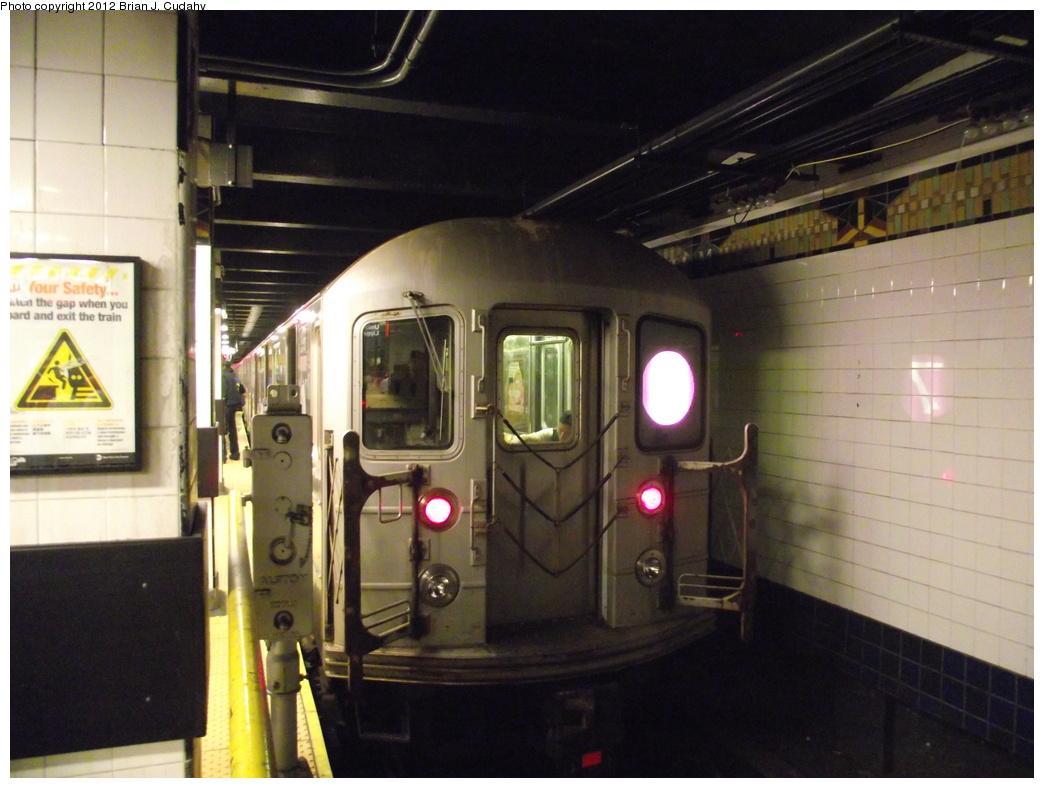 (317k, 1044x788)<br><b>Country:</b> United States<br><b>City:</b> New York<br><b>System:</b> New York City Transit<br><b>Line:</b> IRT Flushing Line<br><b>Location:</b> Main Street/Flushing <br><b>Route:</b> 7<br><b>Car:</b> R-62A (Bombardier, 1984-1987)   <br><b>Photo by:</b> Brian J. Cudahy<br><b>Date:</b> 5/18/2011<br><b>Viewed (this week/total):</b> 2 / 864