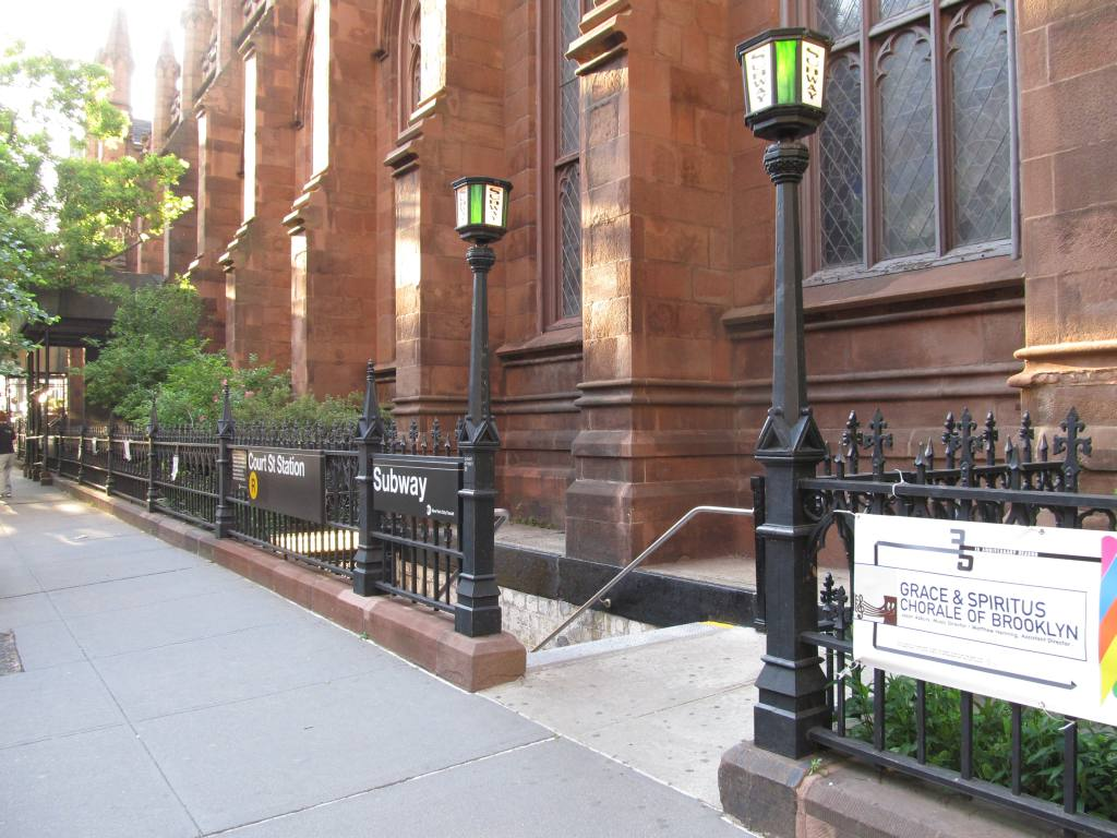 (132k, 1024x768)<br><b>Country:</b> United States<br><b>City:</b> New York<br><b>System:</b> New York City Transit<br><b>Line:</b> BMT Broadway Line<br><b>Location:</b> Court Street <br><b>Photo by:</b> Robbie Rosenfeld<br><b>Date:</b> 5/20/2012<br><b>Notes:</b> Station entrance.<br><b>Viewed (this week/total):</b> 0 / 1493