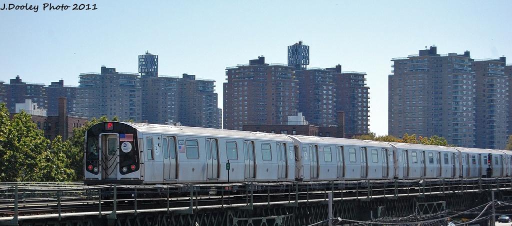 (254k, 1024x453)<br><b>Country:</b> United States<br><b>City:</b> New York<br><b>System:</b> New York City Transit<br><b>Line:</b> BMT Culver Line<br><b>Location:</b> Avenue X <br><b>Route:</b> F<br><b>Car:</b> R-160A (Option 1) (Alstom, 2008-2009, 5 car sets)  9282 <br><b>Photo by:</b> John Dooley<br><b>Date:</b> 10/9/2011<br><b>Viewed (this week/total):</b> 1 / 591