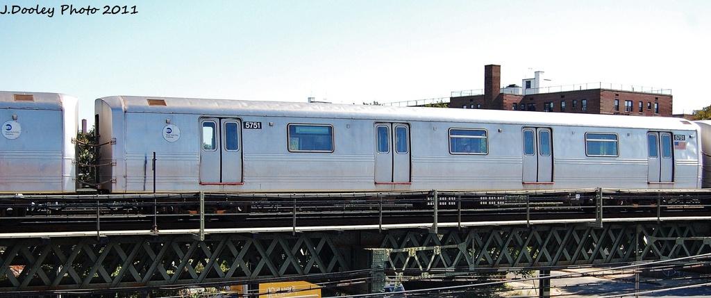 (221k, 1024x429)<br><b>Country:</b> United States<br><b>City:</b> New York<br><b>System:</b> New York City Transit<br><b>Line:</b> BMT Culver Line<br><b>Location:</b> Avenue X <br><b>Route:</b> F<br><b>Car:</b> R-46 (Pullman-Standard, 1974-75) 5751 <br><b>Photo by:</b> John Dooley<br><b>Date:</b> 10/9/2011<br><b>Viewed (this week/total):</b> 0 / 476