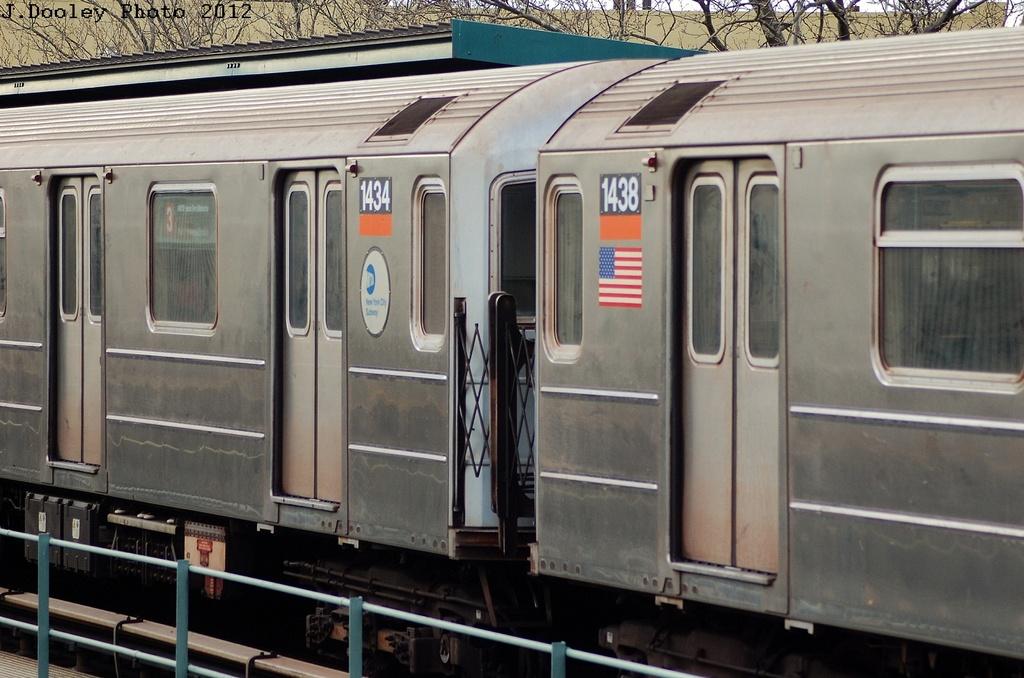 (303k, 1024x678)<br><b>Country:</b> United States<br><b>City:</b> New York<br><b>System:</b> New York City Transit<br><b>Line:</b> IRT Brooklyn Line<br><b>Location:</b> Saratoga Avenue <br><b>Route:</b> 3<br><b>Car:</b> R-62 (Kawasaki, 1983-1985)  1434 <br><b>Photo by:</b> John Dooley<br><b>Date:</b> 3/29/2012<br><b>Viewed (this week/total):</b> 0 / 845