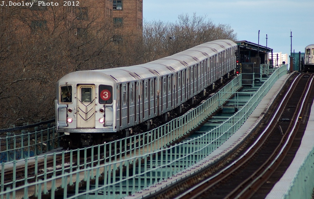 (372k, 1024x650)<br><b>Country:</b> United States<br><b>City:</b> New York<br><b>System:</b> New York City Transit<br><b>Line:</b> IRT Brooklyn Line<br><b>Location:</b> Rockaway Avenue <br><b>Route:</b> 3<br><b>Car:</b> R-62 (Kawasaki, 1983-1985)  1530 <br><b>Photo by:</b> John Dooley<br><b>Date:</b> 3/29/2012<br><b>Viewed (this week/total):</b> 2 / 1175