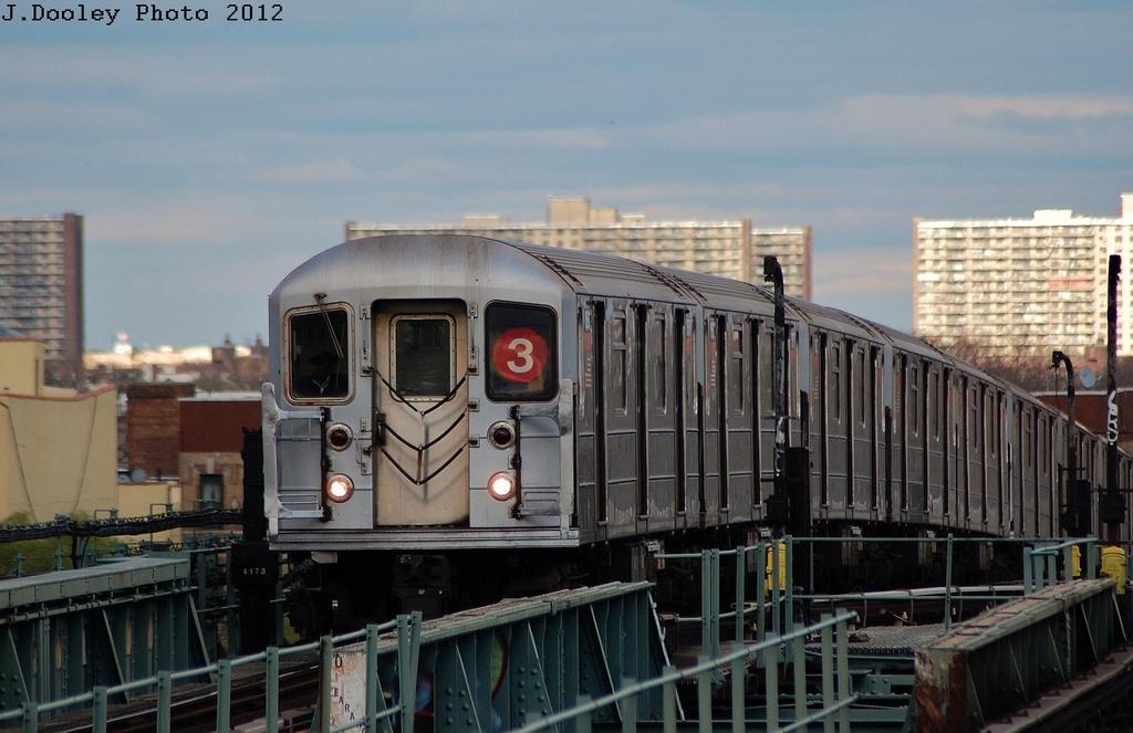 (280k, 1024x663)<br><b>Country:</b> United States<br><b>City:</b> New York<br><b>System:</b> New York City Transit<br><b>Line:</b> IRT Brooklyn Line<br><b>Location:</b> Junius Street <br><b>Route:</b> 3<br><b>Car:</b> R-62 (Kawasaki, 1983-1985)  1605 <br><b>Photo by:</b> John Dooley<br><b>Date:</b> 3/29/2012<br><b>Viewed (this week/total):</b> 1 / 1112