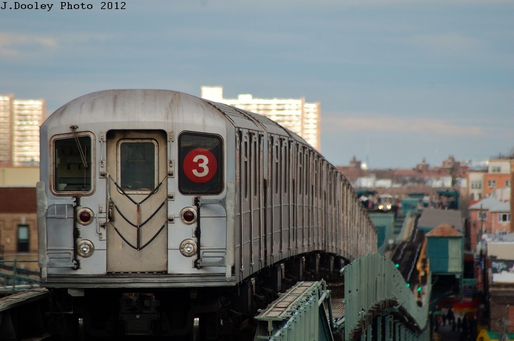 (249k, 1024x680)<br><b>Country:</b> United States<br><b>City:</b> New York<br><b>System:</b> New York City Transit<br><b>Line:</b> IRT Brooklyn Line<br><b>Location:</b> Junius Street <br><b>Route:</b> 3<br><b>Car:</b> R-62 (Kawasaki, 1983-1985)   <br><b>Photo by:</b> John Dooley<br><b>Date:</b> 3/29/2012<br><b>Viewed (this week/total):</b> 0 / 1076
