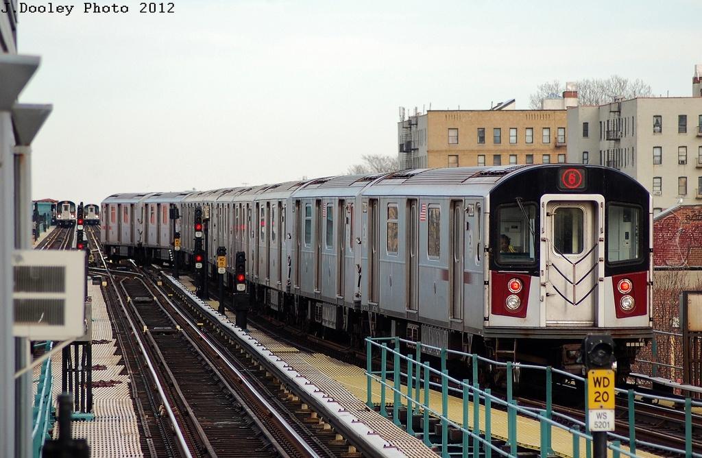(337k, 1024x668)<br><b>Country:</b> United States<br><b>City:</b> New York<br><b>System:</b> New York City Transit<br><b>Line:</b> IRT Pelham Line<br><b>Location:</b> East 177th Street/Parkchester <br><b>Route:</b> 6<br><b>Car:</b> R-142A (Primary Order, Kawasaki, 1999-2002)  7226 <br><b>Photo by:</b> John Dooley<br><b>Date:</b> 2/22/2012<br><b>Viewed (this week/total):</b> 0 / 845