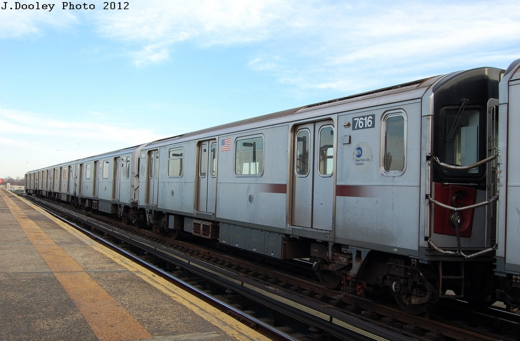 (265k, 1024x672)<br><b>Country:</b> United States<br><b>City:</b> New York<br><b>System:</b> New York City Transit<br><b>Line:</b> IRT Pelham Line<br><b>Location:</b> Castle Hill Avenue <br><b>Route:</b> 6<br><b>Car:</b> R-142A (Option Order, Kawasaki, 2002-2003)  7616 <br><b>Photo by:</b> John Dooley<br><b>Date:</b> 2/22/2012<br><b>Viewed (this week/total):</b> 5 / 1007